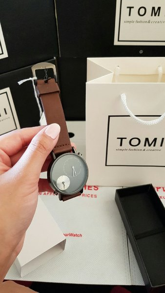 Used Leather Watch Original TOMI ° New wd Box in Dubai, UAE
