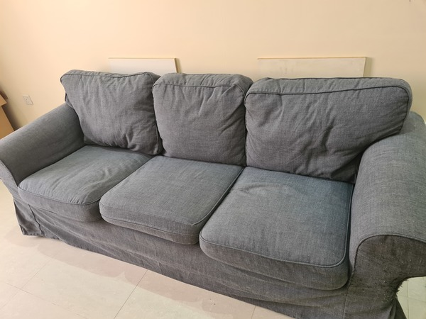 Used Couch for sale in Dubai, UAE