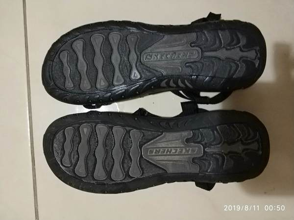 Used Skechers Women's Sandal & fancy footwear in Dubai, UAE