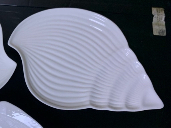 Used 3 Fish and seafood serving plates in Dubai, UAE