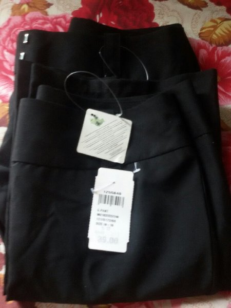 Used Trouser for women size small in Dubai, UAE
