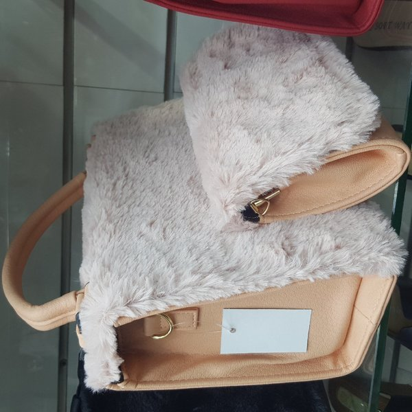 Used Trendy Wallet with free purse in Dubai, UAE