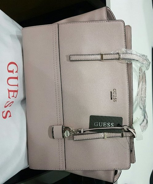 Used Brandnew Authentic Guess Bag in Dubai, UAE