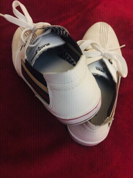 Used Stripe Sneaker in Dubai, UAE