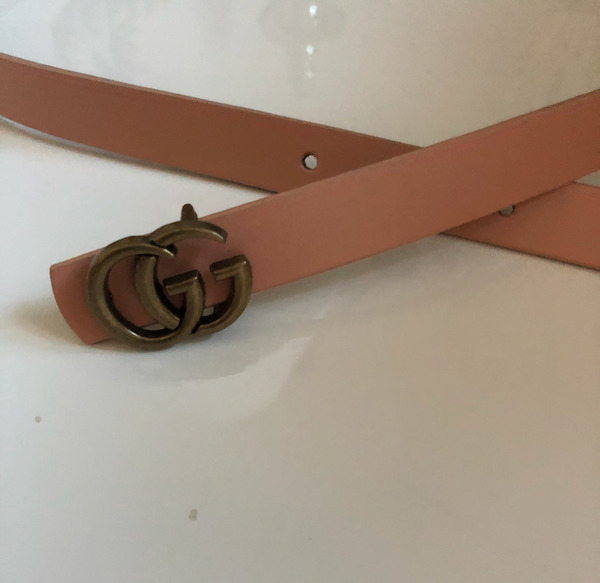 Used Baby pink leather belt. 108cm long, 2cm width. Perfect For Shirt Dresses, Cardigans, Coats. GG Buckle in Dubai, UAE