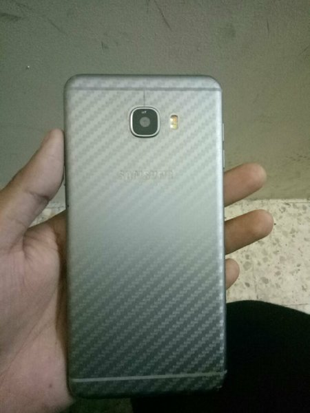 Used Samsung C7 . 1100 AED in Dubai, UAE