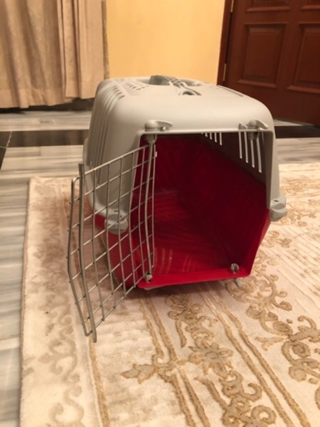 Used Pet carrier or carriage for sale in Dubai, UAE