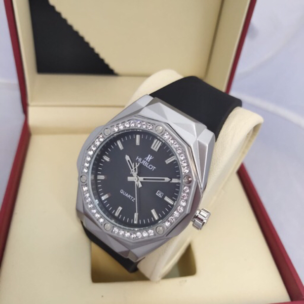 Used Watch for men 🔺one day offer in Dubai, UAE
