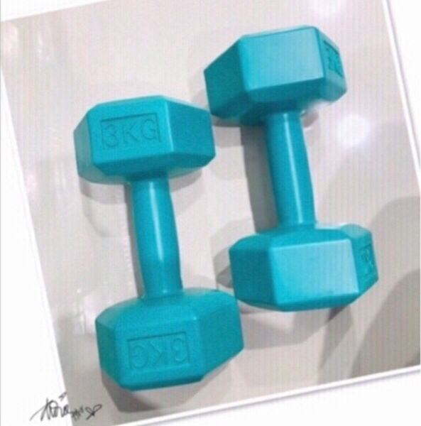 Used 2x Dumbbell 3kg 💙 in Dubai, UAE