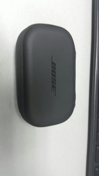 Used BOSE CHARGER in Dubai, UAE