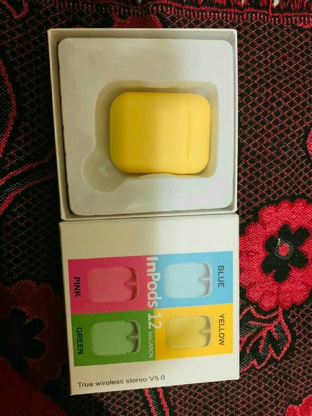 Used Airpods yellow must try best sound in Dubai, UAE