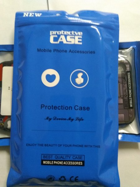 Used Glowing mobile phone case (Ramadan 2 pie in Dubai, UAE