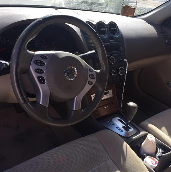 Used Nissan Altima 2009 2.5 S , Clean Car with New Battery  in Dubai, UAE