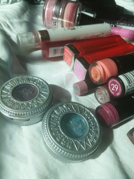 Used Makeup, old+brand new. Buyer buys all. in Dubai, UAE
