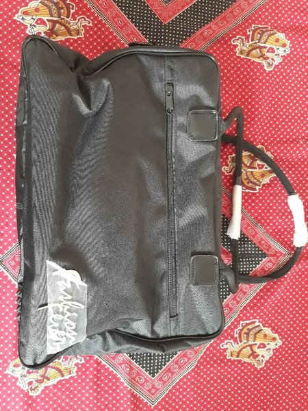 Used New make up bag for sale in Dubai, UAE