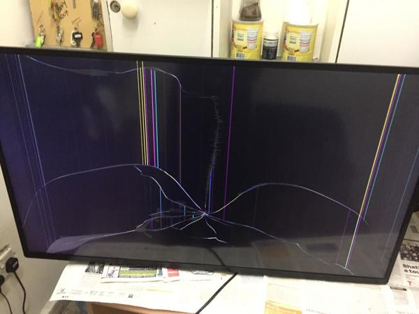 Used Philip's 42 inch TV in Dubai, UAE