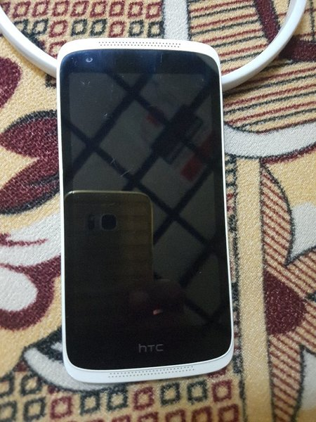 Used I want to sell Mobile HTC desire 526 dul in Dubai, UAE