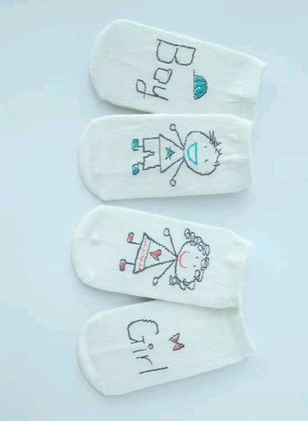 Used 11 Pairs of Socks For Newborn in Dubai, UAE