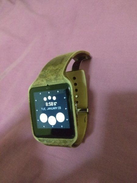 Used Sony smart watch 3 in Dubai, UAE
