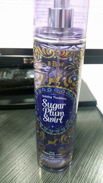 Used Sugar Plum Swirl Perfume in Dubai, UAE