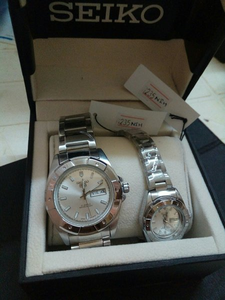 Used Bag & Couple Watches Bundle in Dubai, UAE