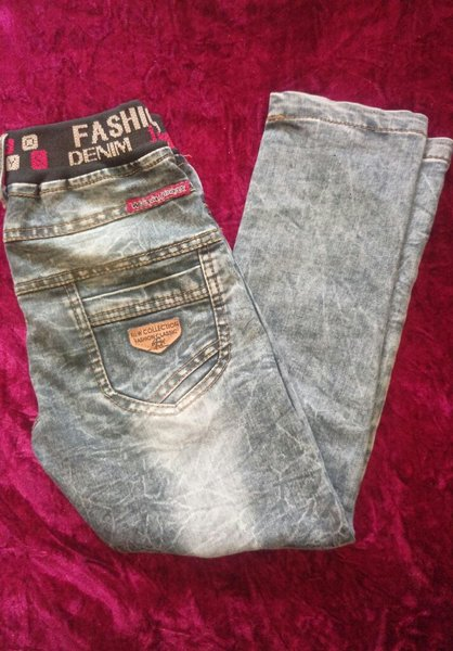 Used Jeans for 5-7 years in Dubai, UAE