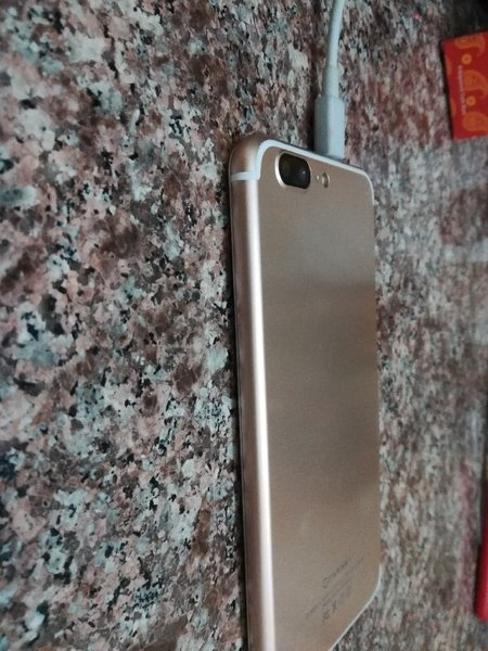 Used Apple iPhone 7 plus copy 32 gb in Dubai, UAE