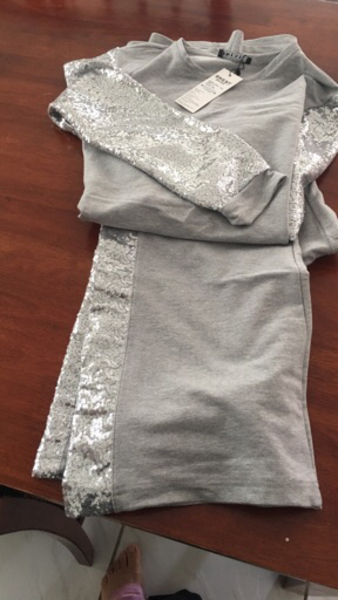 Used Elegant Free time dress .high quality  in Dubai, UAE