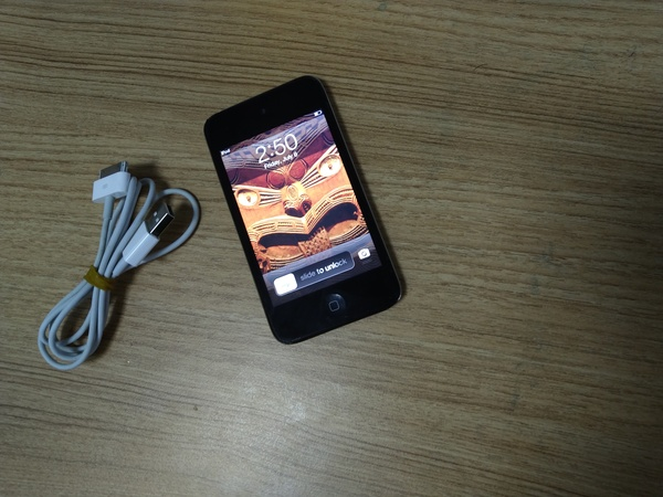 Used Ipod  4th. 32 GB in Dubai, UAE