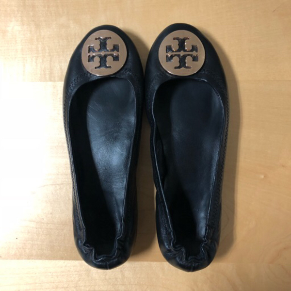 Used authentic tory burch black flats in Dubai, UAE