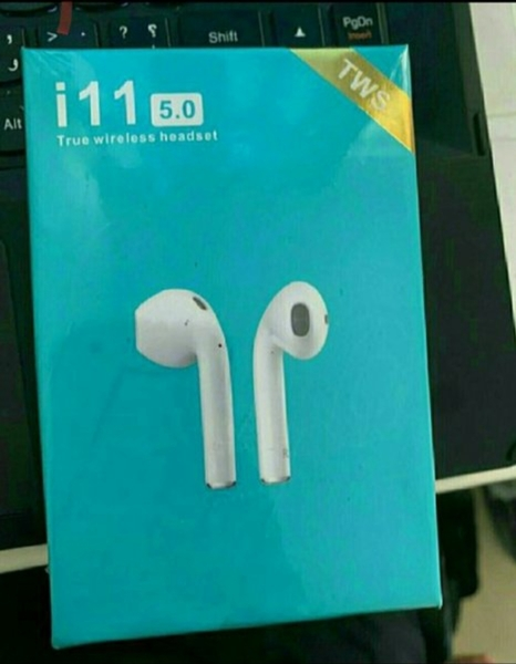 Used Bluetooth i11..n..e..w.., in Dubai, UAE