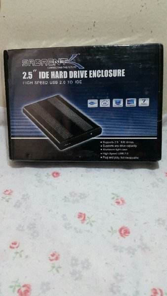 Used 2.5 IDE HARD DRIVE ENCLOSURE in Dubai, UAE