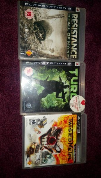 Used Ps3 + 2 Controllers + 6 games (as shown) in Dubai, UAE