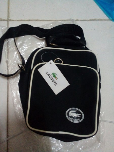 Used Sling Bag Lacoste - Copy in Dubai, UAE