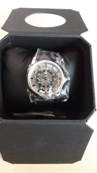 Used New Police Watch For Men in Dubai, UAE