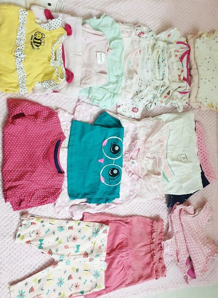 Used Bundle cloths/newborn till 1 year old in Dubai, UAE