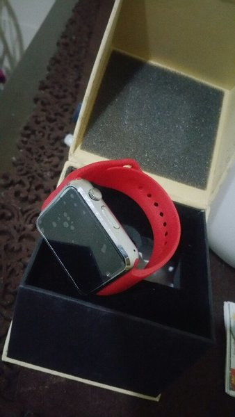 Used Bluetooth smartwatch in Dubai, UAE