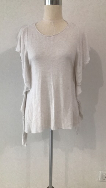 Used Zara White Blouse Size Medium in Dubai, UAE