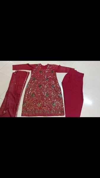 Used Brand new 2 ladies dress in Dubai, UAE