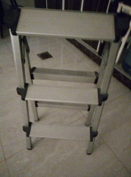 Used Mini Staircase in Dubai, UAE