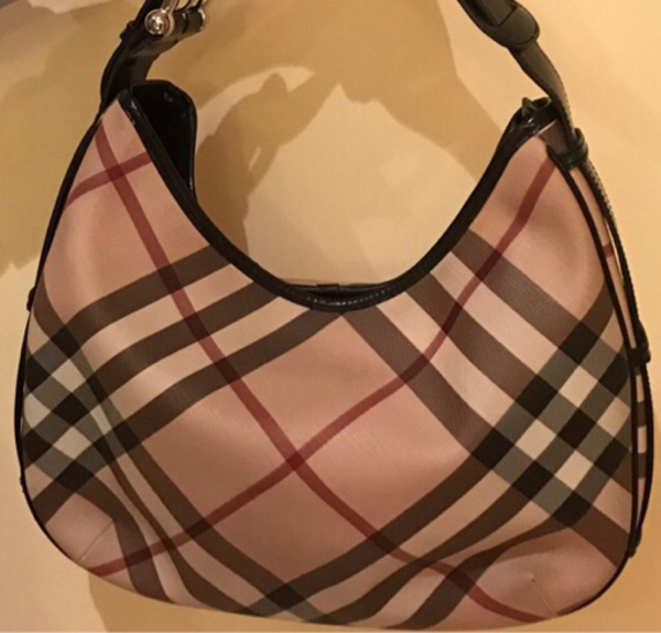 Used Authentic Burberry dust bag included  in Dubai, UAE