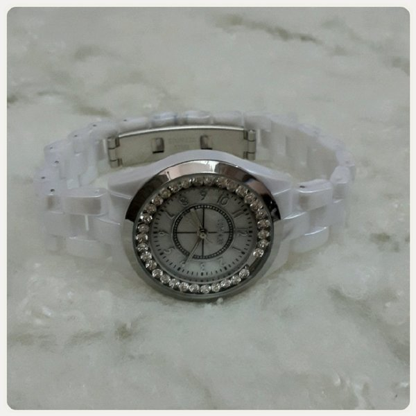 Used Timeco watch white color in Dubai, UAE