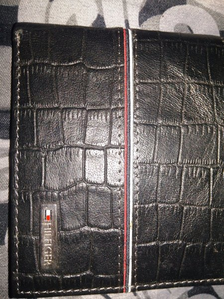 Tommy Hilfiger wallet master copy leathe