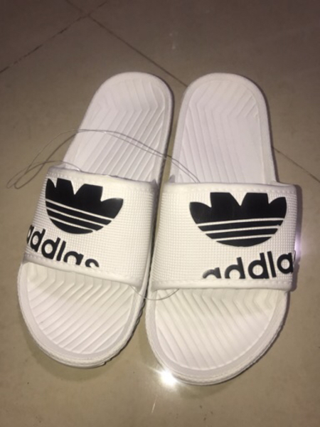 Used adidas Slippers 3 colors available  in Dubai, UAE