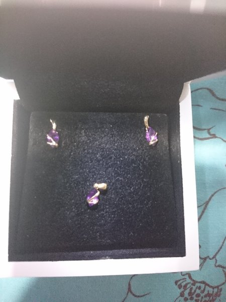 Used Amethyst jewelry set in 18k gold in Dubai, UAE