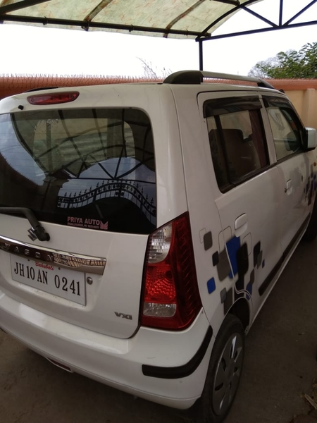 Used Maruti Suzuki WagonR model 2014 Price 90 in Dubai, UAE
