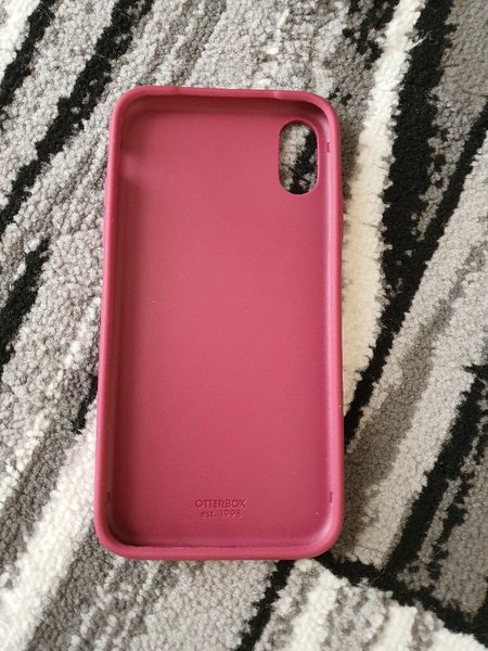 Used Iphone XR cover from istyle in Dubai, UAE