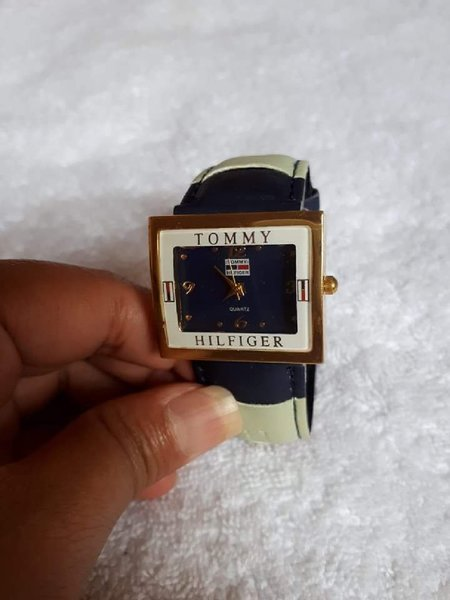 Used Watch navy blue Tommy Hilfiger in Dubai, UAE