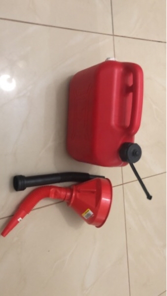 Used Jerry can high quality in Dubai, UAE