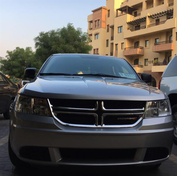 Used BRAND NEW 2015 DODGE Journey 2015 Only  900KM Original . 7 seats .  All the new options Available  . Clean Title . have Dubai plate number . Call for Today :  0502685827  in Dubai, UAE